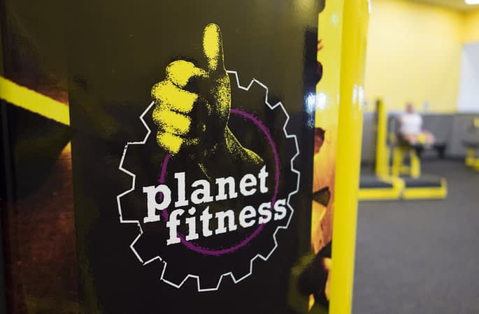 Woman Dress-Coded by Planet Fitness for Wearing Crop Top to New Jersey Gym