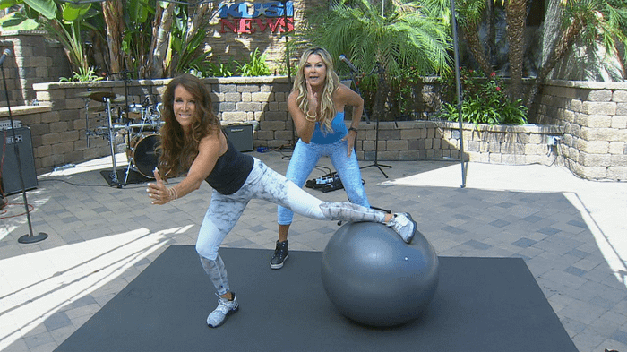 Weekend workout with Fitness Expert Cindy Whitmarsh -